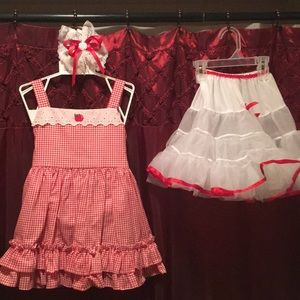 Lid'l Dolly's dress in red/white w/ accessories